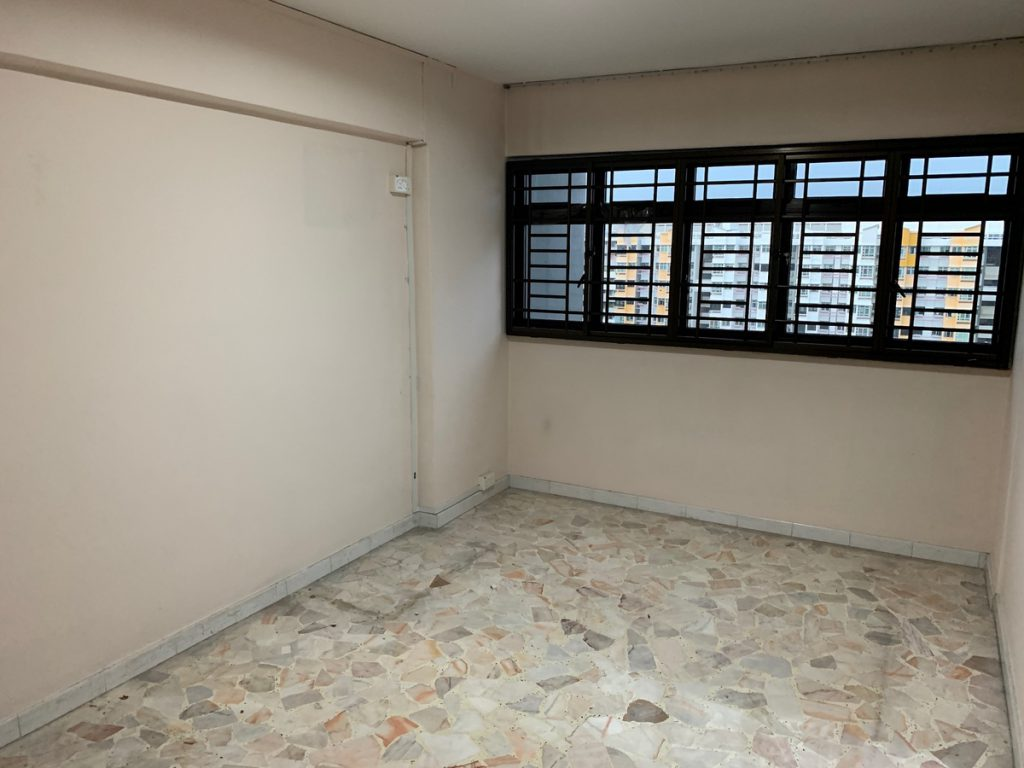 A Clean HDB property to be handed over