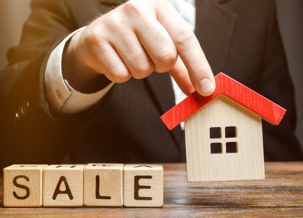 A good agent will ensure a smooth deal execution for her clients